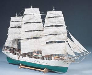 Bilde av Danmark, skoleskip. 900 mm. 1:75